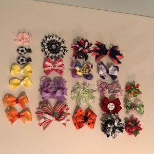 23 Little girl's hair clips